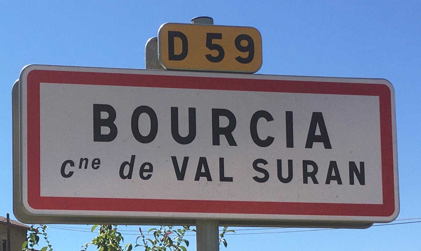 Panneau d'agglomération Bourcia