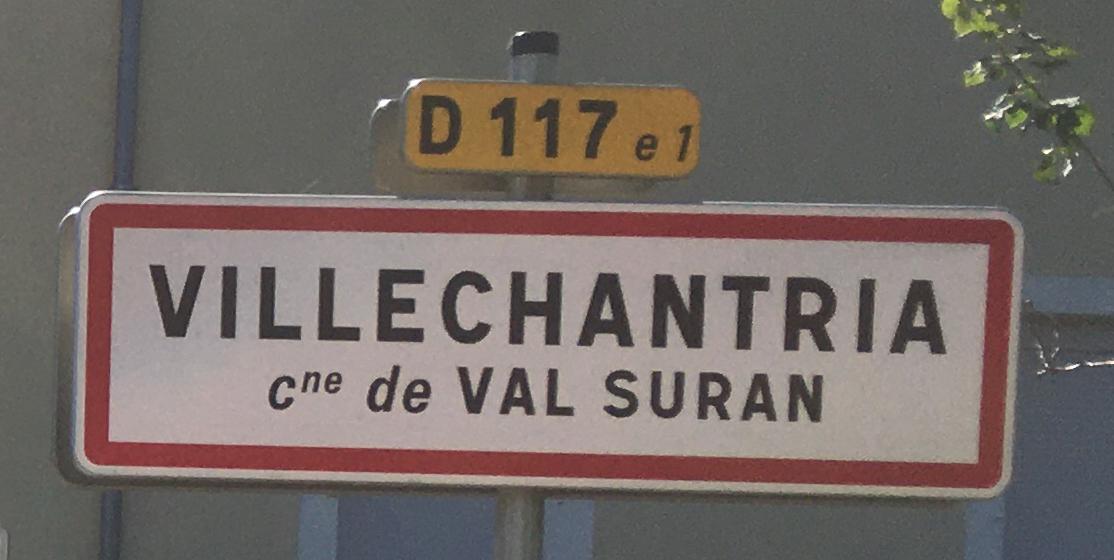 Panneau d'agglomération Villechantria